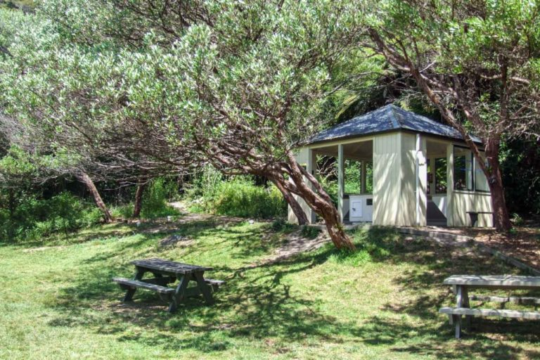 Onetahuti Camp