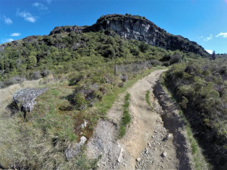 On the way to Lake Wanaka lookout on the Rocky Mountain Summit Track
