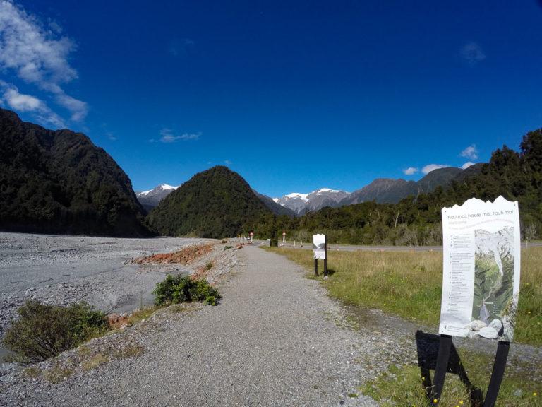 Road into Franz Josef Glacier Carpark