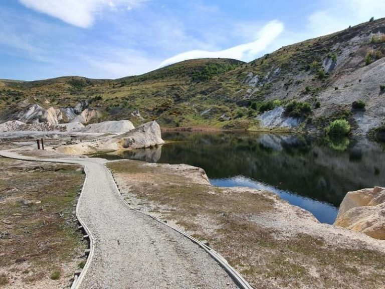 Blue Lake Walks - St Bathans - Copyright Freewalks.nz