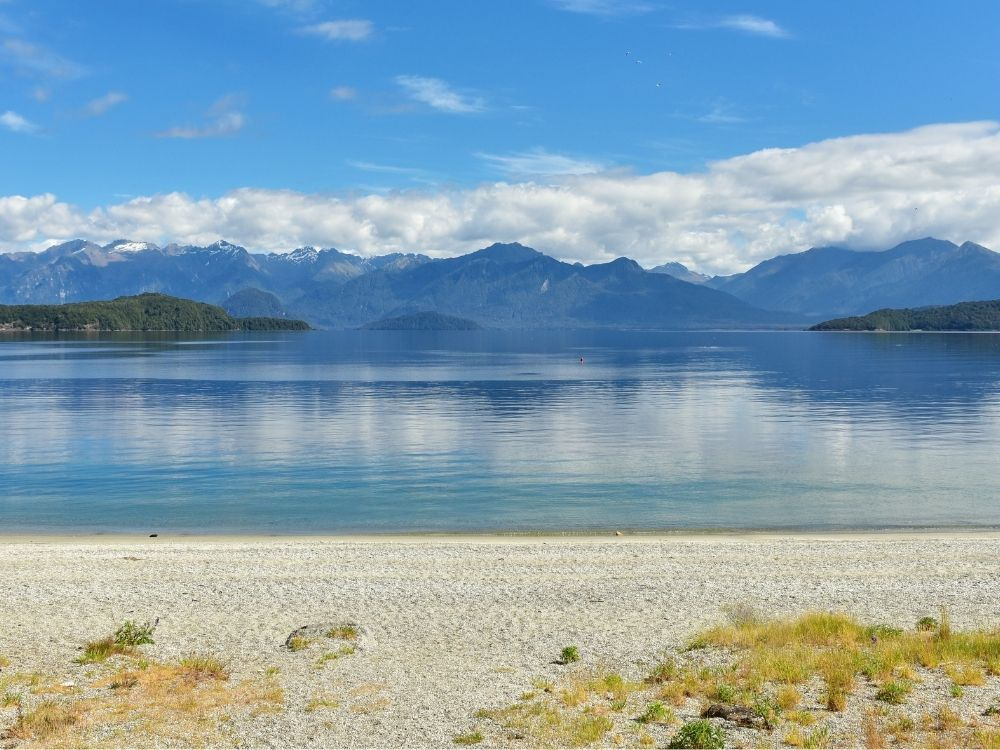 Free Manapouri Walking & Hiking Guide - Southland Region - New Zealand